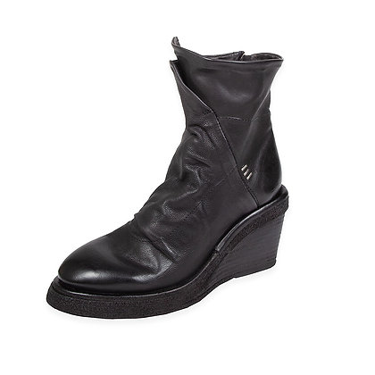 AS98 - The Tremont Wedge Boot
