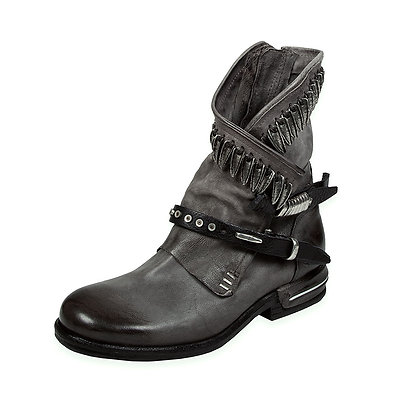 AS98 - The Torey Silver Feather Detail Low Boot