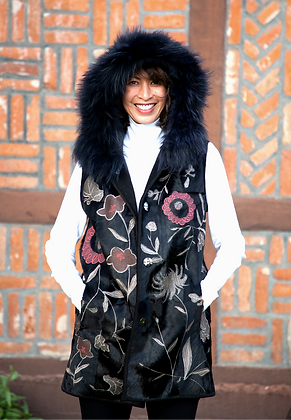 Belle Fare - Reversible Lamb Vest with Fox Trim