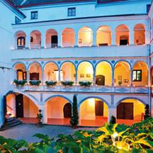 Traumhafte Kulisse im Schloss Ernegg für Ihren schönsten Tag.