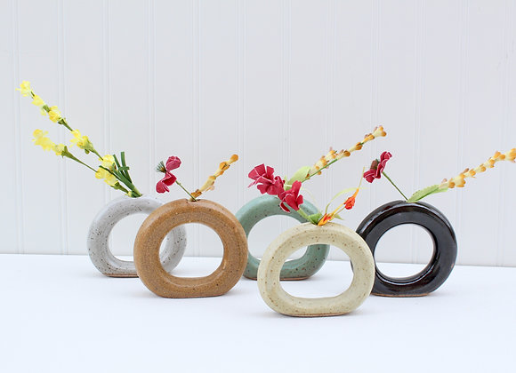Circle bud vase
