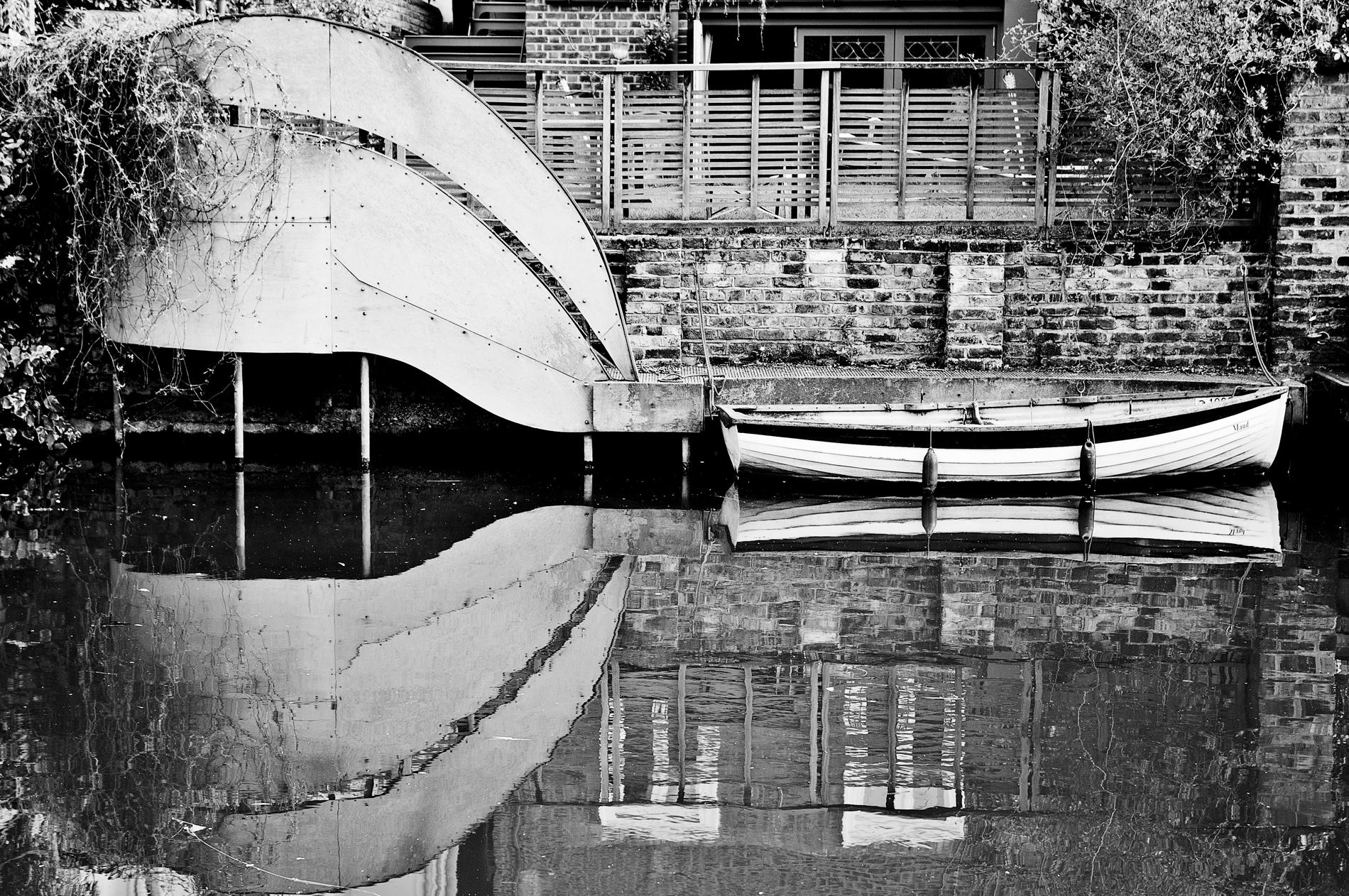 mirror water_III