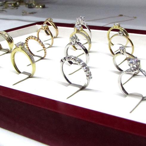 anillos-compromiso-juntos.jpg