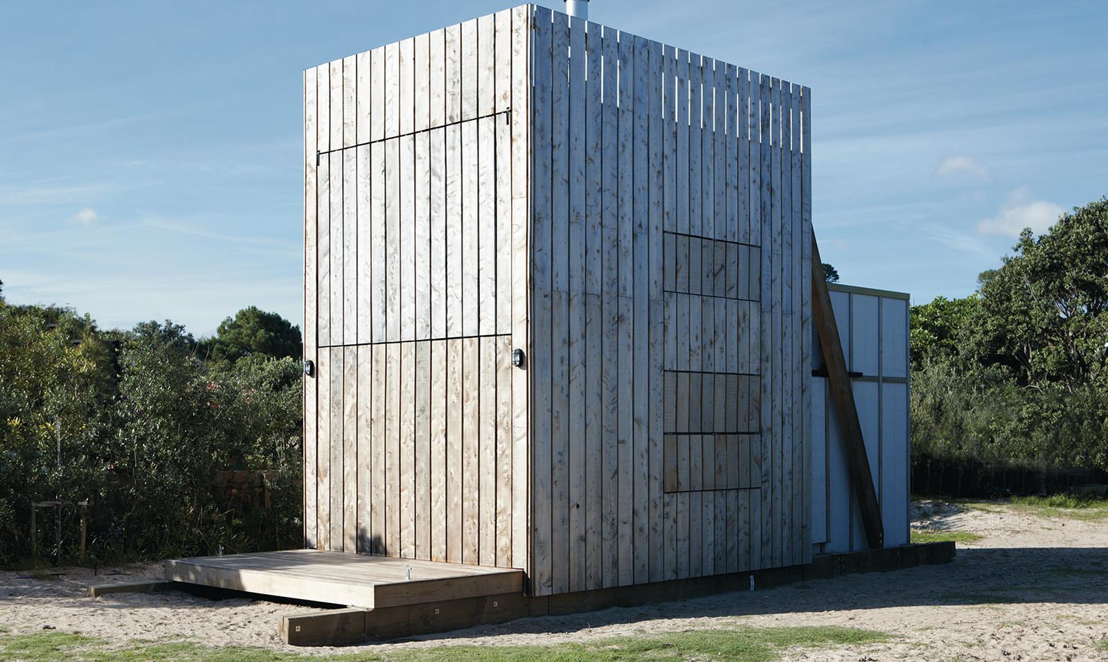 hut-on-sleds-crosson-architects-2.jpg