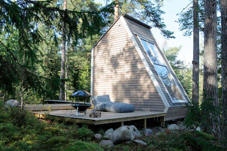 Nido-Micro-Cabin-Finland-by-Robin-Falck-