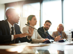 Why a professional moderator makes sense for your event