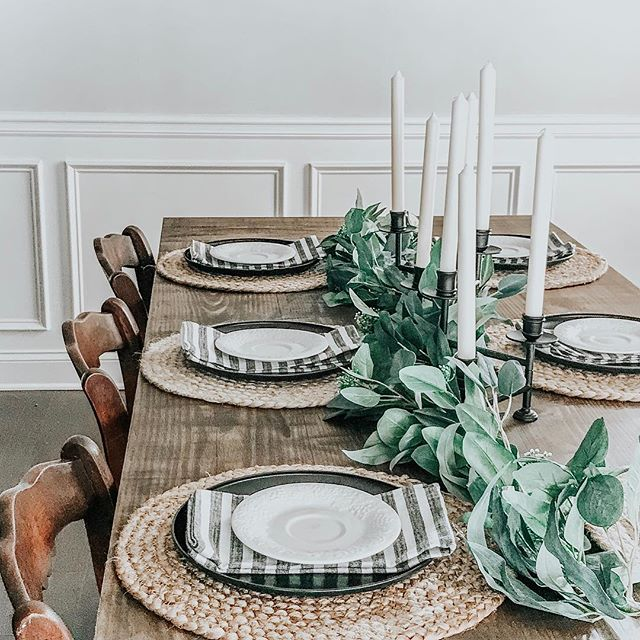 Harvest style dinning table with all thi