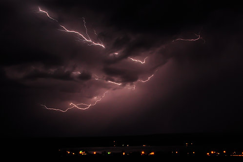 Big Lightning, Small Town