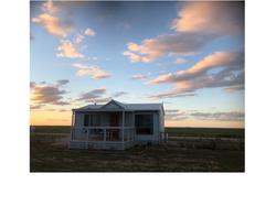 Red cabin pro far shot centre