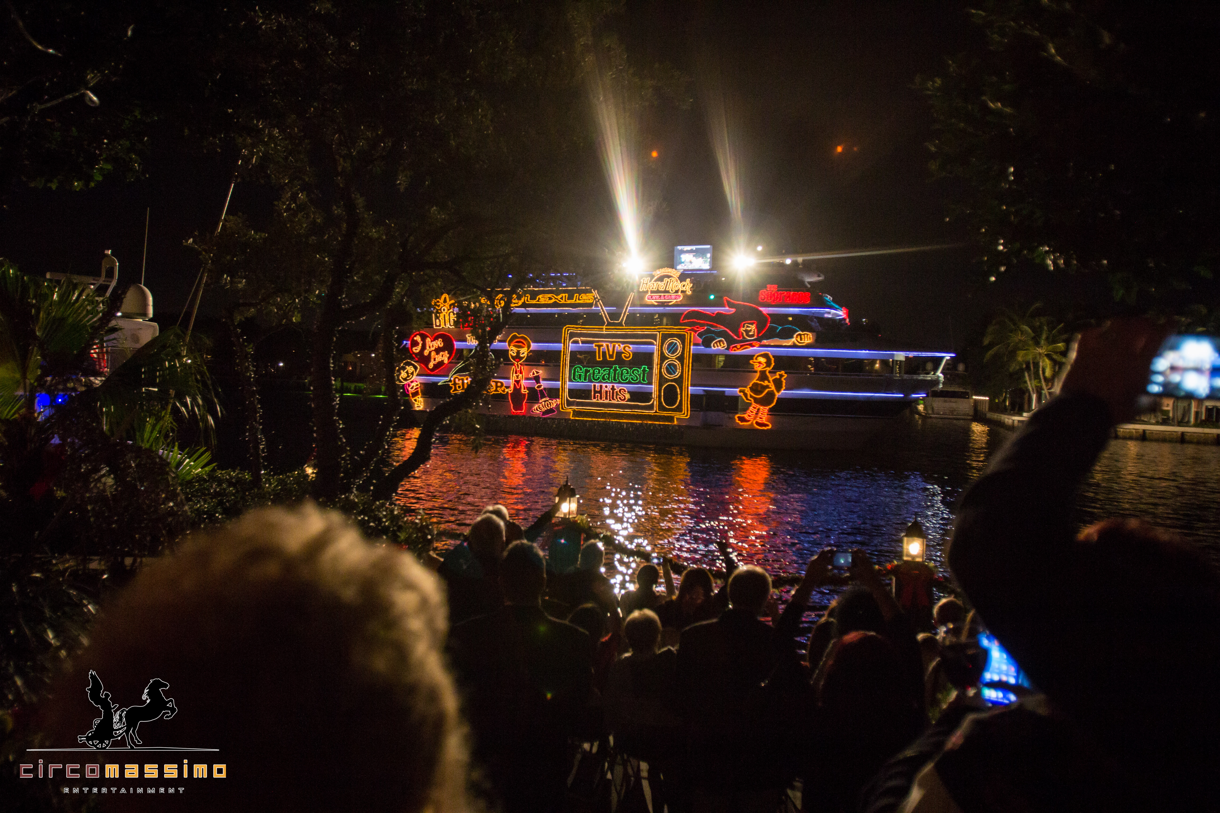 2014 Boat Parade - Lr -1981.jpg