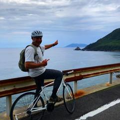 自転車で海沿いを走る!.jpg