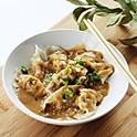 Raviolis avec sauce aux arachides (7) / Dumplings with peanut sauce (7)