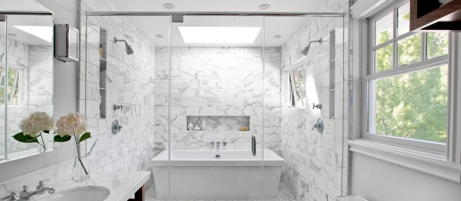 Tips to make a small bathroom look BIGGER when renovating