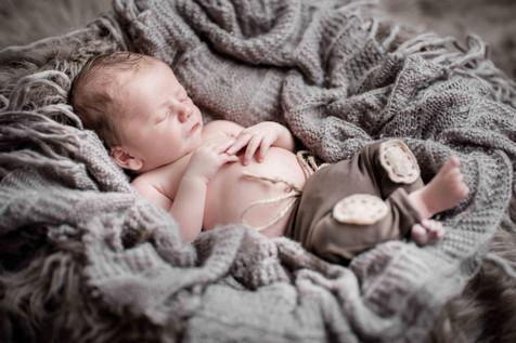 newborn web - 54.jpg