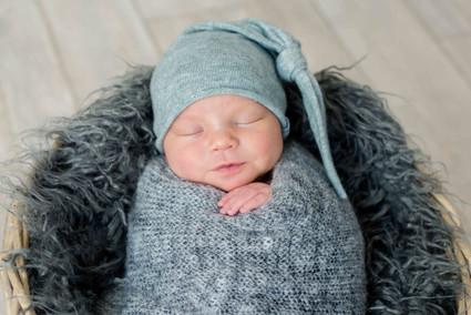 newborn web - 38.jpg