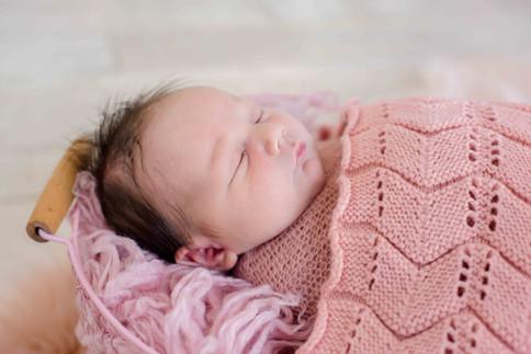 newborn web - 43.jpg