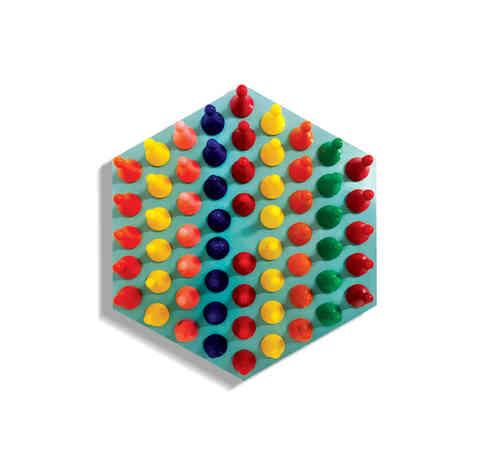 J33 - Pegs Mosaic Board