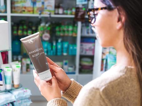 La cura dei capelli : perchè evitare petrolati e parabeni.