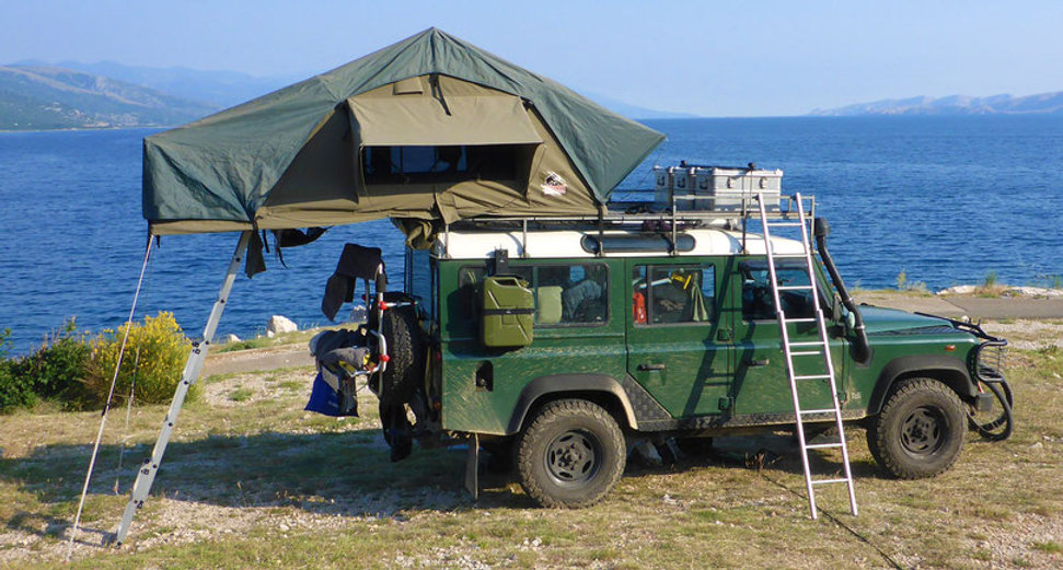 tembo-4x4-rooftop-tent-at-the-adriatic-s