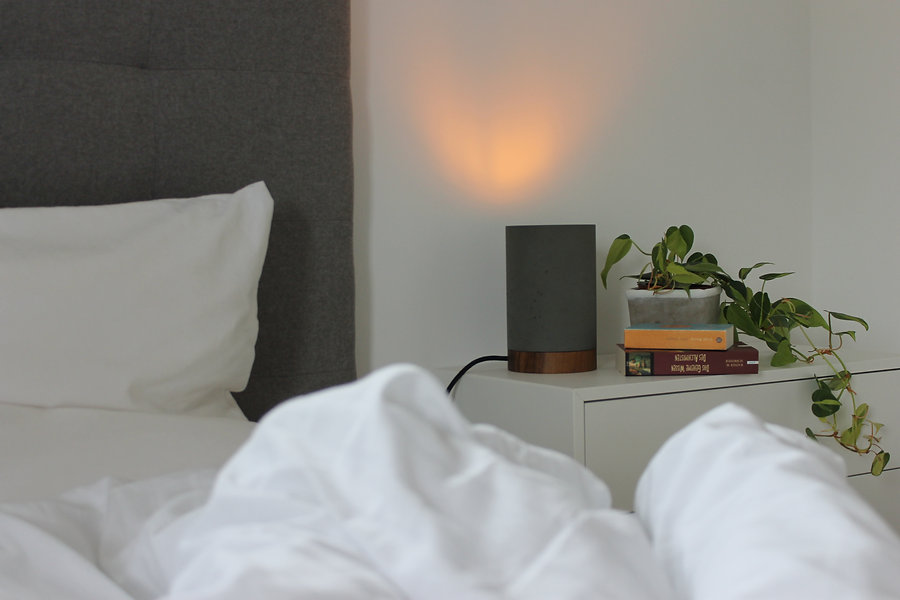 beton-lampe-schlafzimmer.JPG