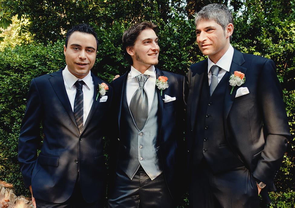 Lo sposo con i suoi amici