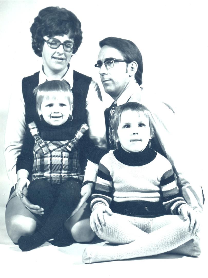 Kitty van Blankers-Waser met gezin Waser