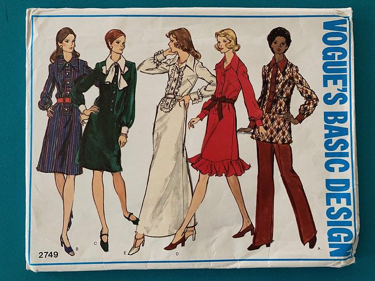 Vogue Basic Design Pattern 2749 - Size 16