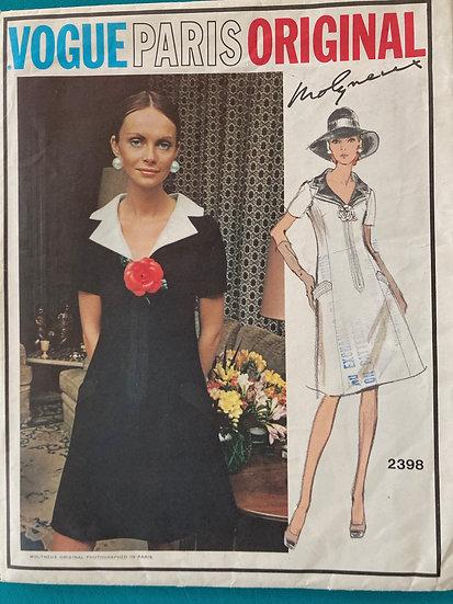Vogue Paris Original Pattern 2398 Molyneux Size 16 Uncut