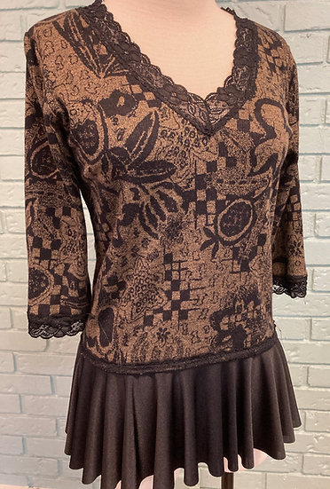 Women's UP-Cycle Black/Tan Knit Top with Black Flounce  (Large)