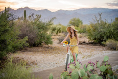 Tucson-desert-senior-graduation-portraits-pictures