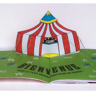 """""""Quel cirque !"""". Le plus grand chapiteau du monde."""