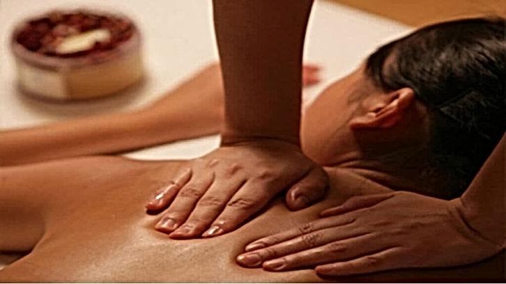 Massage Oriental Côte Bleue.jpg