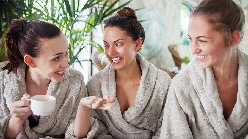 Massage entre filles à domicile Côte Ble