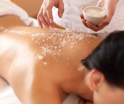 Gommage et massage du dos à domicile Martigues