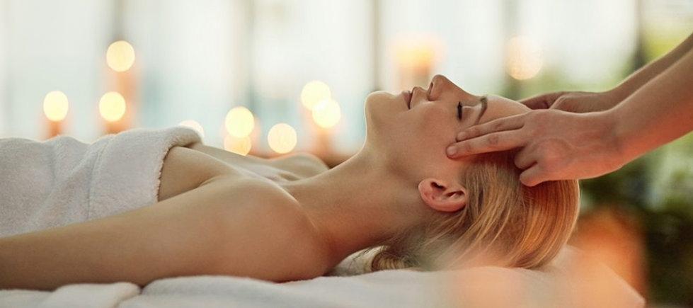Massage complet du corps à domicile sur