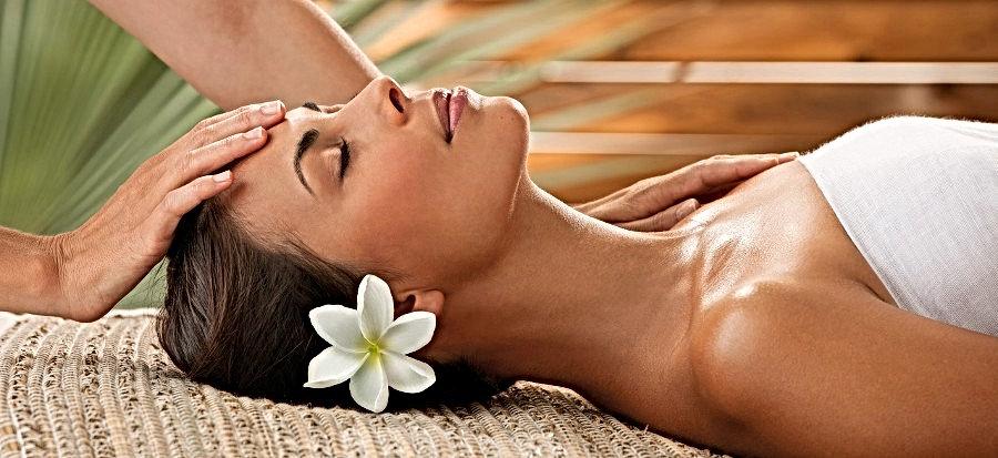 Massage Polynésien Côte Bleue.jpg