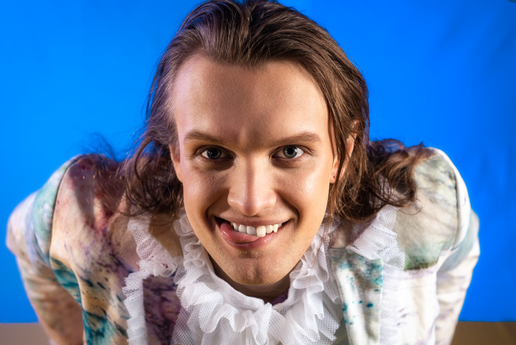 Foto// Michael Brahlich Model// Alexander Kopciak Make-Up//Elena Meraru