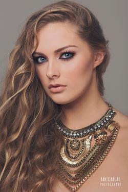 冰岛专业化妆造型,人像摄影