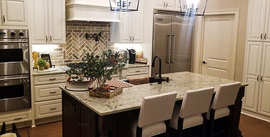 New Cabinets, backsplash, and counter tops!