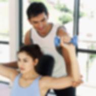 パーソナルトレーニング ダンベル 肩