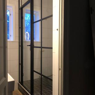 Industriglas duschvägg Stockholm