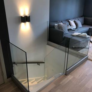 Glasräcke trappa inomhus