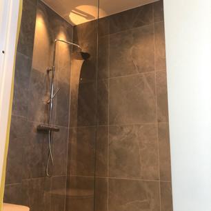 Glasvägg till dusch Stockholm