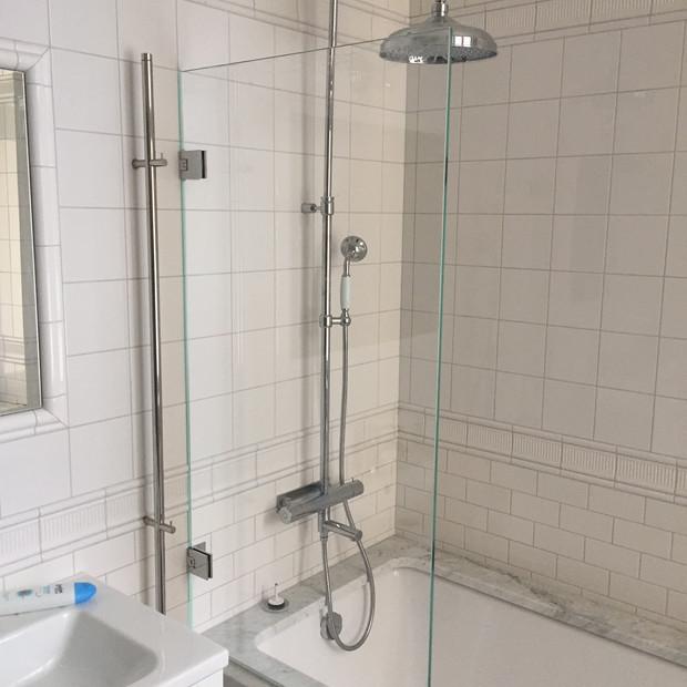 Duschvägg badkar