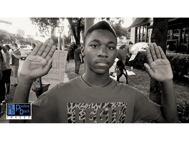 GALLERY: Houston Protests For Ferguson