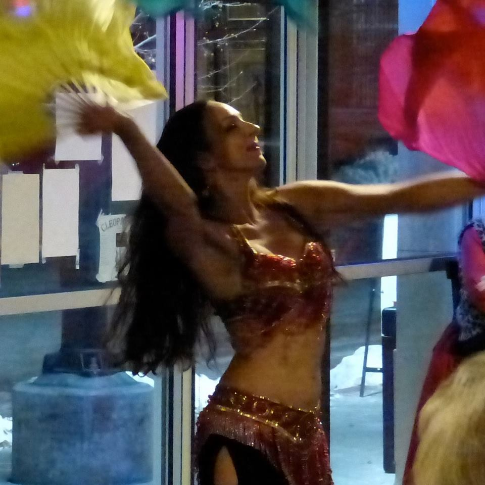 Areena Belly Dancer with fan veils