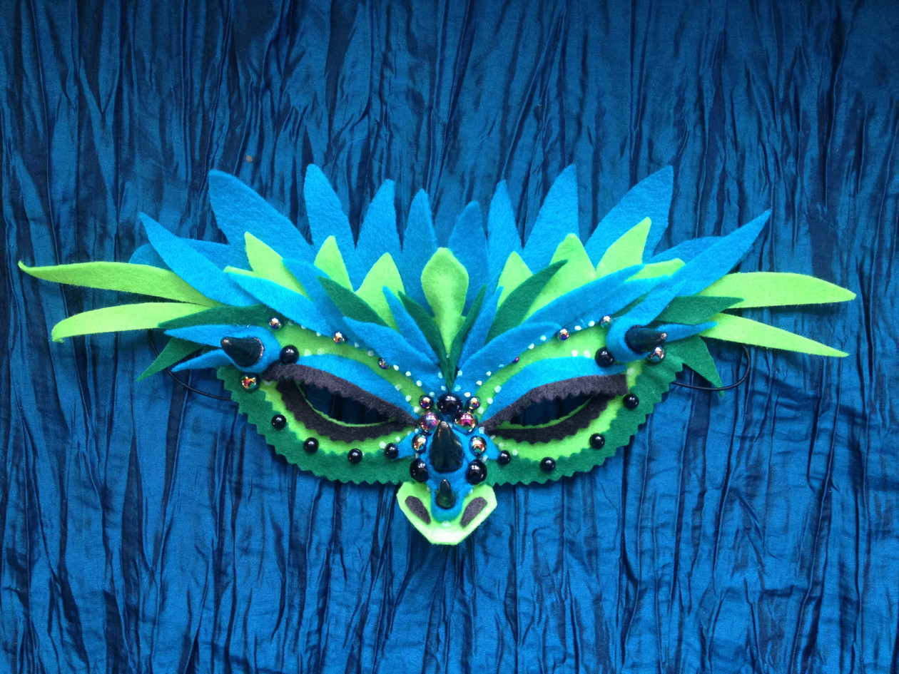 Dreaming Olypsis Felt Feathered Horned Dragon Mask