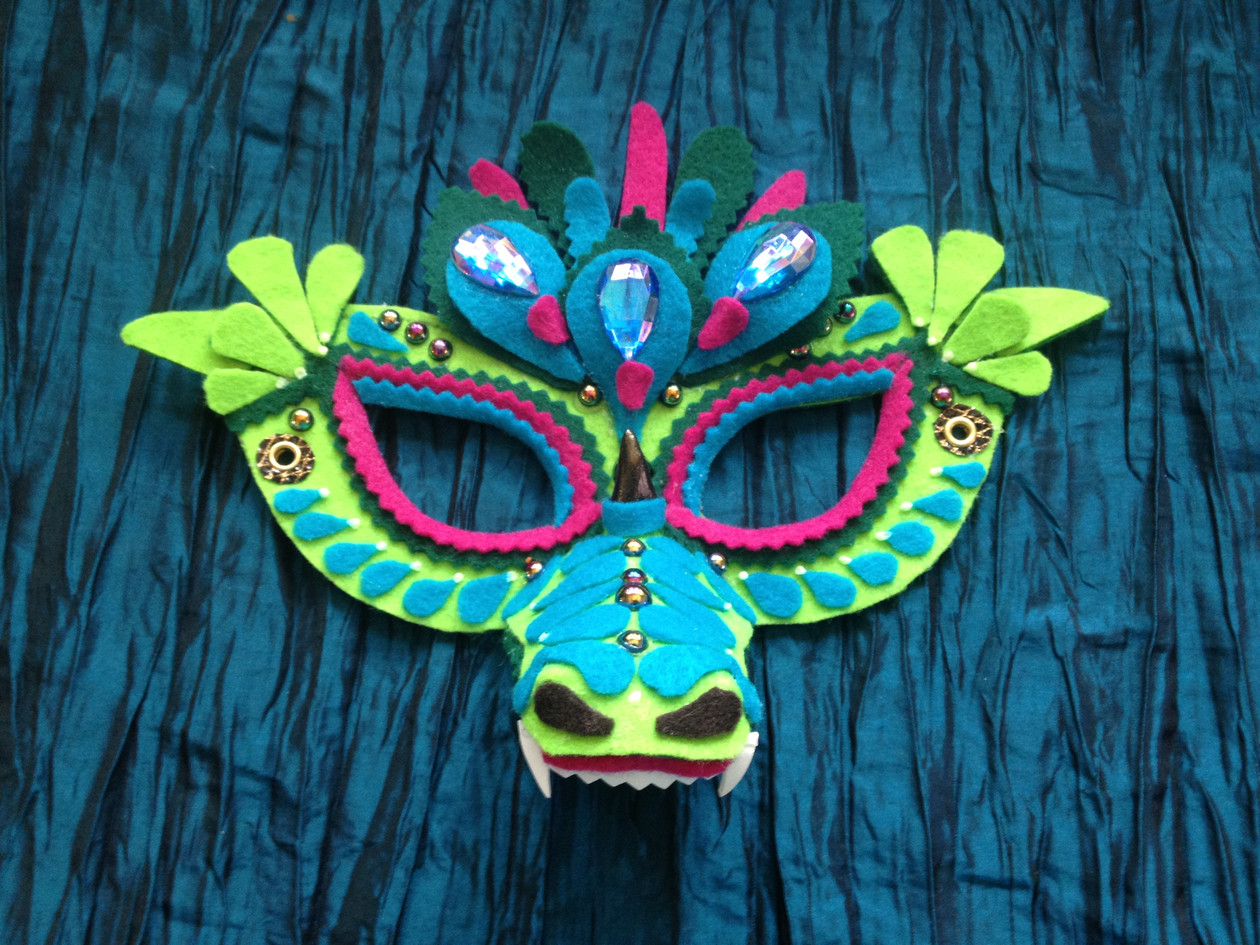 Dreaming Olypsis Felt Dragon Mask