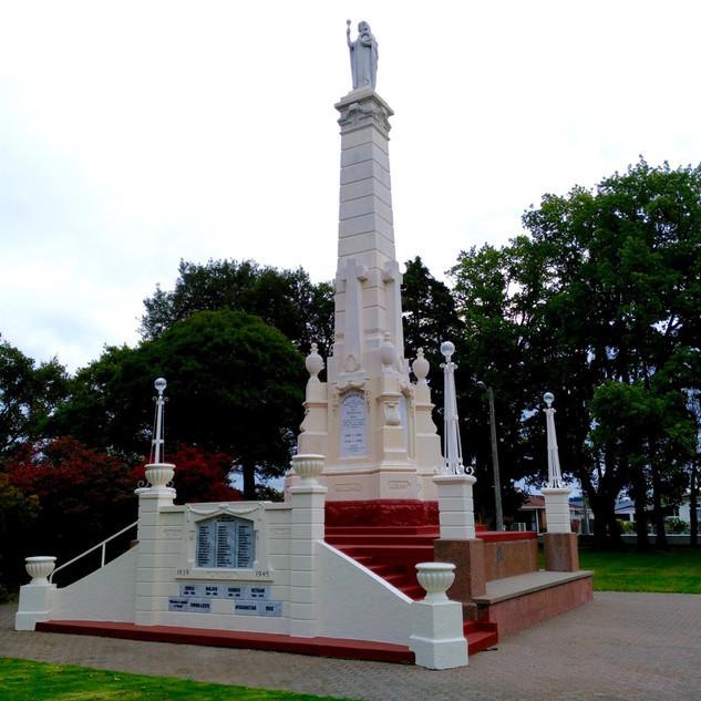 Gore War Memorial, Wainwright Stonemason