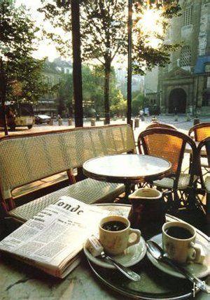 Breakfast in Paris. http://www.coffeeaddict.us/